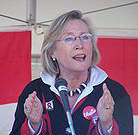Carolyn_Bennett_possibly_demonstrating_the_size_of_something